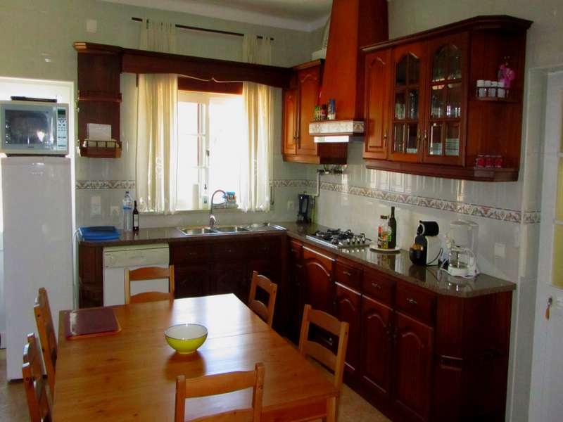 Vakantiewoning met zwembad midden Portugal - Casa da Tapada - kitchen