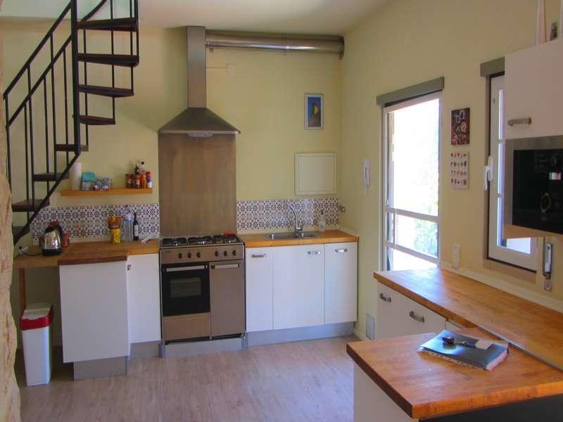 Vakantiehuis op kleinschalig vakantie park met zwembad - Casa Palmeira kitchen