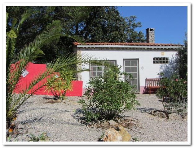 Quite holiday cottage Portugal B&B glamping casa cantiga