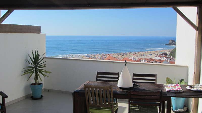 Beach apartment Portugal - zeezicht portugal