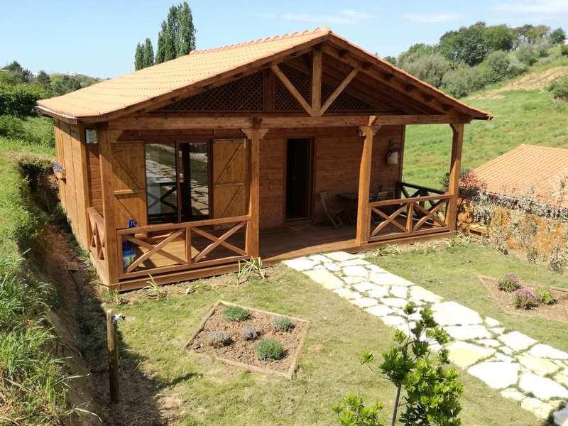Nazare portugal casinha alfazema