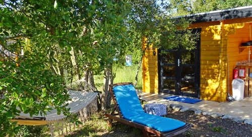 glamping silvercoast portugal with kids at small holiday resort