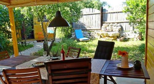 férias com filhos no cabanas de glamping Portugal_Casa Cantiga_alcobaçal_o figo terras privacy