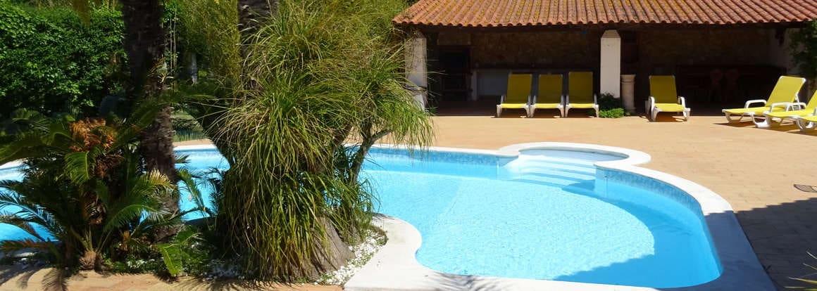 piscina privado para casa da Joana no Quinta do Carmo_férias Portugal Alcobaça Nazaré