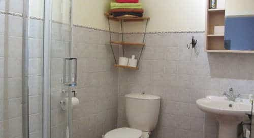 family holiday Portugal Silver coast _Canto bathroom
