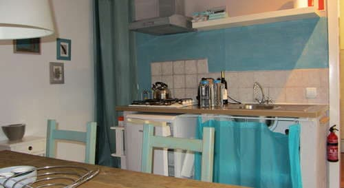 kids holiday Portugal silver coast_Canto kitchen