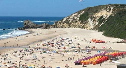 Beach holiday apartment Portugal close to Nazaré Silver Coast mid Portugal _praia paredes da vitoria