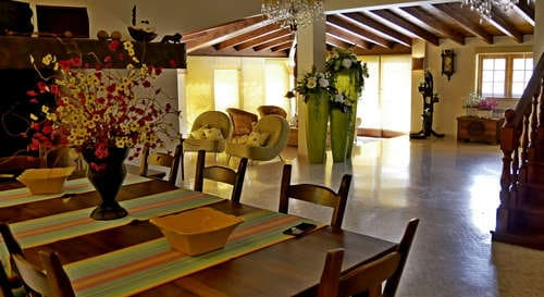 Holiday villa Casa da Joana at Quinta do Carmo, mid Portugal close to the sea_kitchen en lounge view