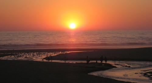 Pôr-do-sol no apartamento de praia SolMar, perto da Nazaré, centro de Portugal